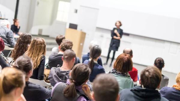 Bildung/Fernstudium aus Mecklenburg-Vorpommern