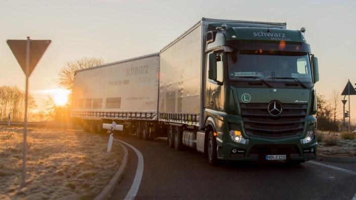 Lastwagenfahrer verzweifelt gesucht