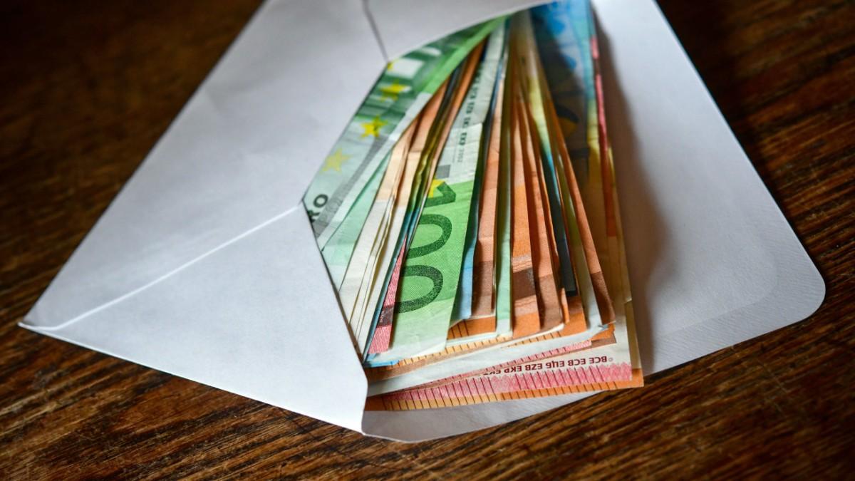 Geldanlage: Sparer müssen sich um ihr Geld kümmern