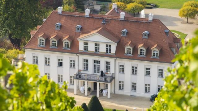 Schloss Wackerbarth in Radebeul Landkreis Meißen in Sachsen Schloss Wackerbarth oder auch Wackerb