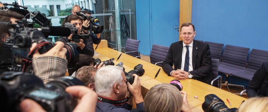 Deutschland, Berlin, Bundespressekonferenz, Thema DIE LINKE - Auswirkungen der Landtagswahlen in Thüringen auf die Bund