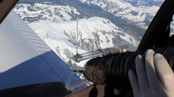Flugbestattung über den Alpen.