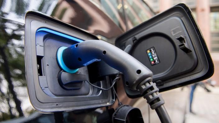 Umbruch in Autobranche - Spitzentreffen im Kanzleramt