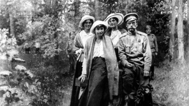 Tsar Nicholas II and his daughters in captivity 1917 Russia Federation Copyright Topfoto PUBLICATI