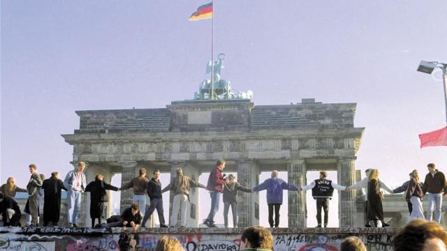Mauerfall, 1989