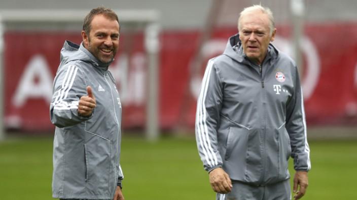 FC Bayern: Hansi Flick und Hermann Gerland beim Training