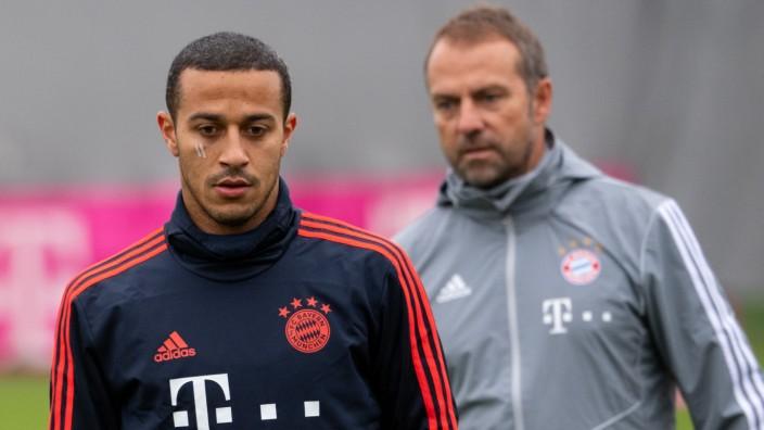 FC Bayern München: Hansi Flick und Thiago beim Training