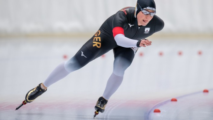 EISSCHNELLLAUF - Claudia PECHSTEIN am 09.11.2019 während der Internationalen Deutsche Meisterschaft Eisschnelllauf Einz