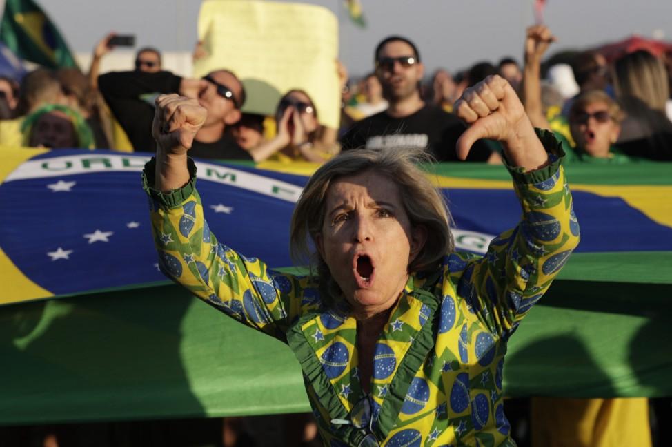 Brasiliens Ex-Präsident aus Haft entlassen - Proteste