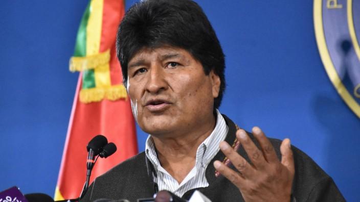 Evo Morales auf einer Pressekonferenz 2019