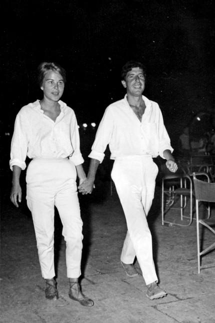 Filmdokuzur Popgeschichte: Marianne Ihlen und Leonard Cohen, in ihrem griechischen Glück auf der Insel Hydra.
