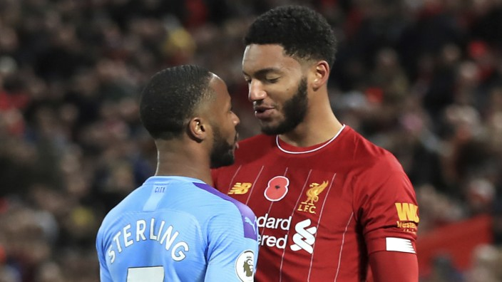 Raheem Sterling (Manchester City) und Joe Gomez (FC Liverpool)