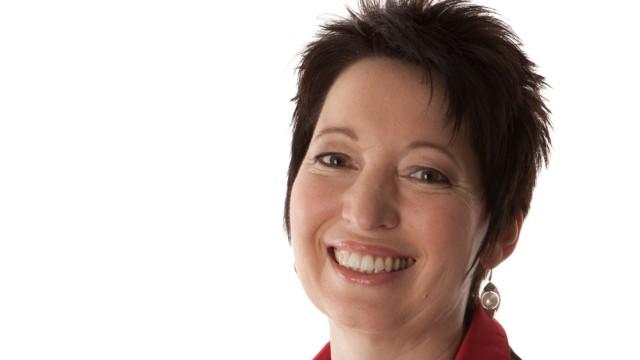 Prof. Dr. Fabienne Becker-Stoll