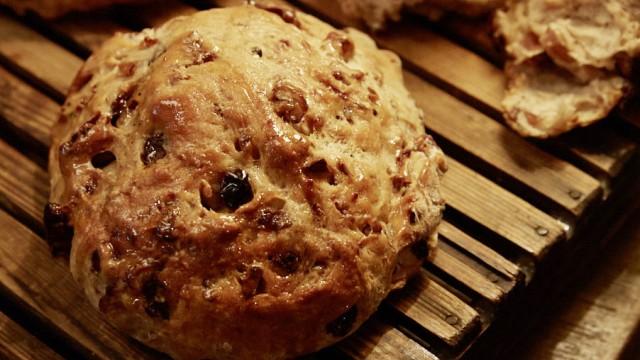 Nur für Das Rezept Walnuss Rosinen Brot von Maria Luisa Scolastra