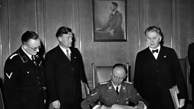 Josef Martin Bauer in Goslar, 1944
