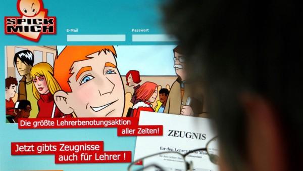 Lehrer-Benotung im Internet laut Oberlandesgericht rechtens