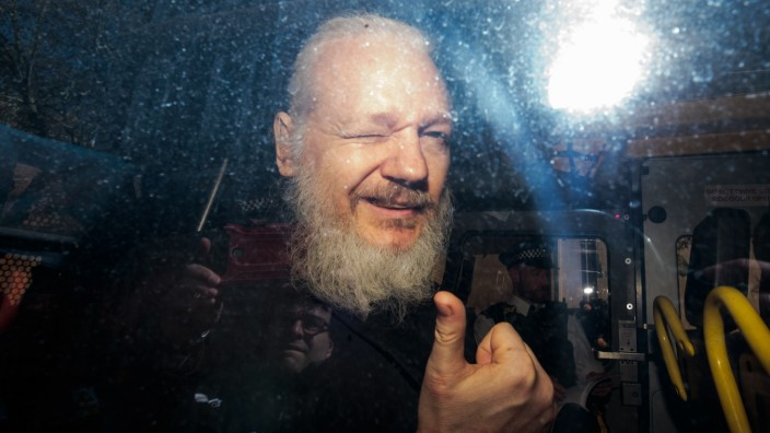 ***2019 News Images Of The Year*** - Julian Assange Appears At Westminster Magistrates Court