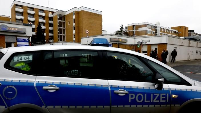 Schlosspark-Klinik in Berlin am Tag nach der Ermordung von Fritz von Weizsäcker
