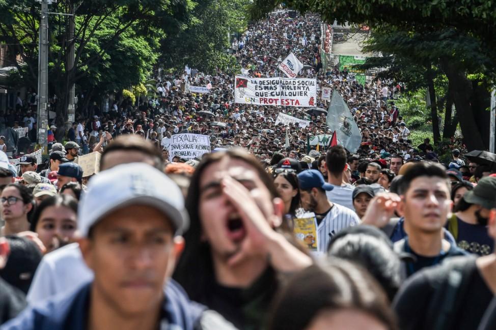 Auf Abruf: Tausende protestieren im kolumbianischen Medellin gegen die Regierung von Präsident Ivan Duque.