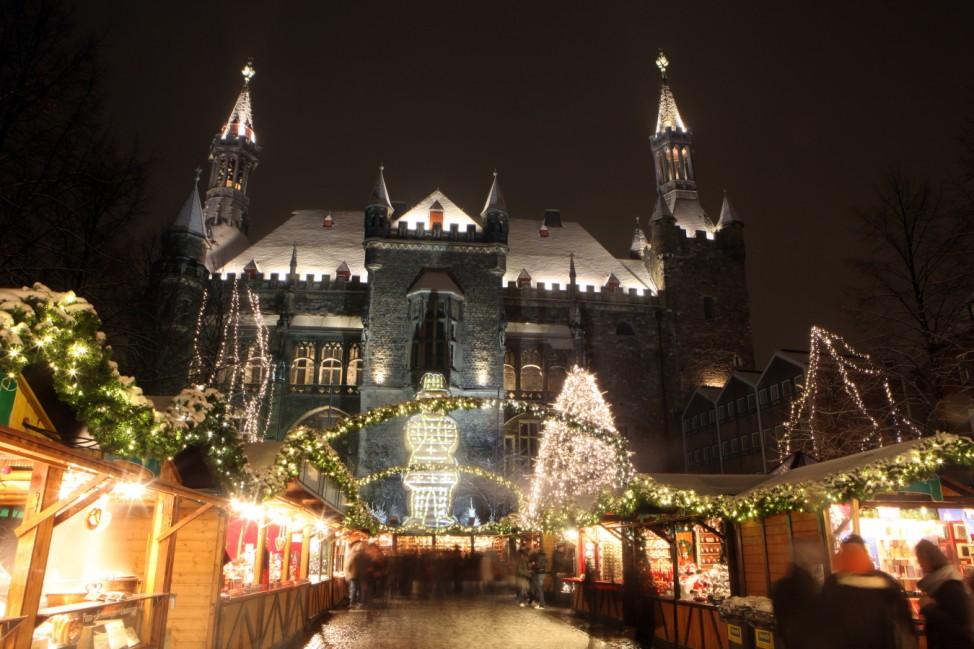 Weihnachtsmarkt Aachen 2019 Nordrhein Westfalen Adventsmarkt Advent Weihnachten Markt Unesco Welterbe Städtereise