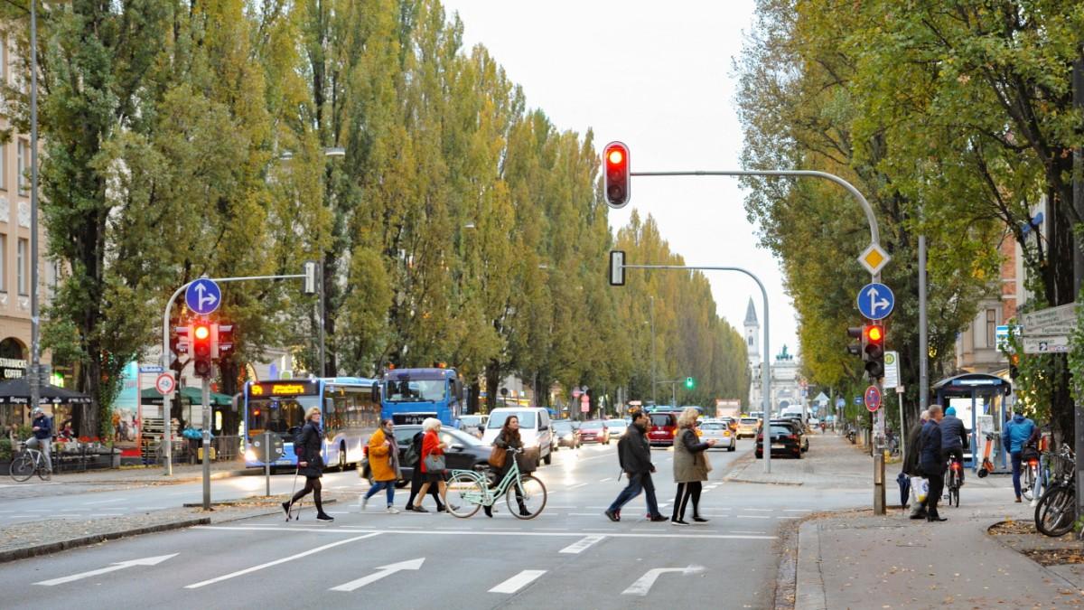 München - SPD beklagt Verfall der Leopoldstraße