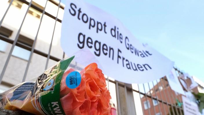 Demonstration gegen Gewalt gegen Frauen in Hameln 2016
