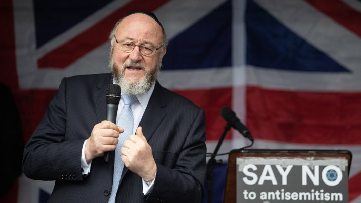 September 16 2018 Manchester Greater Manchester UK Manchester UK Chief Rabbi EPHRAIM MIRVIS