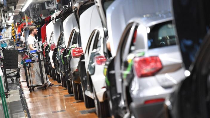 Audi stoppt Nachtschicht im Stammwerk Ingolstadt Hunderte Mitarbeiter sind betroffen Archivfoto