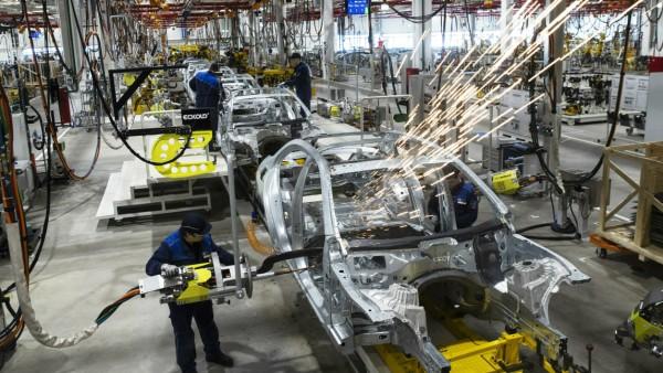 Daimler - Autofabrik in Russland