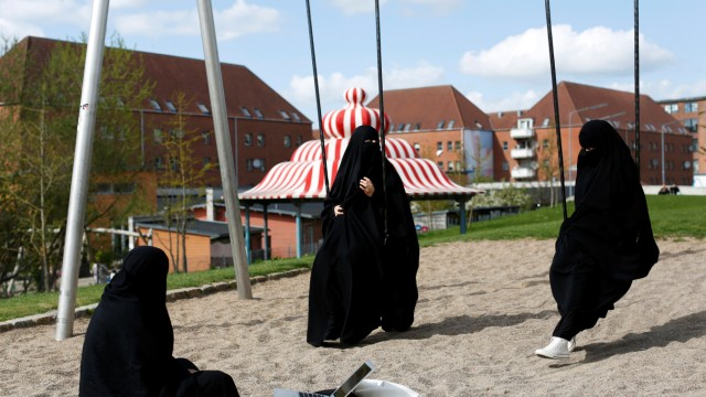 The Wider Image: In Denmark, immigrants worry about official 'ghetto' label