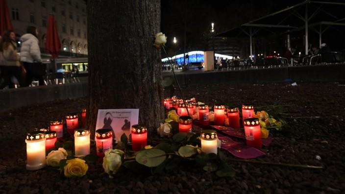 Am Augsburger Königsplatz ist ein 49-Jähriger bei einem Streit ums Leben gekommen.