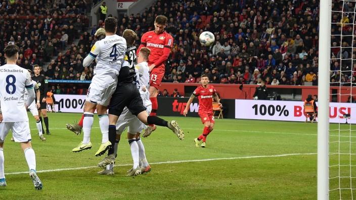 07.12.2019, xhbx, Fussball 1.Bundesliga, Bayer 04 Leverkusen - FC Schalke 04 emspor, v.l. Goal scored, Tor zum 1:0 durc