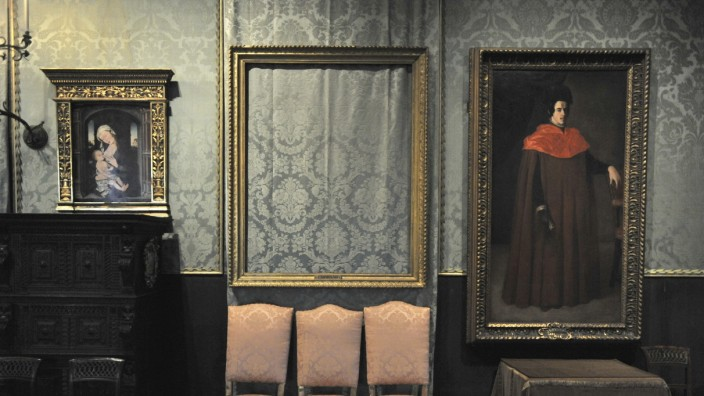 Sicherheit in Museen: Hier hing mal ein Rembrandt. Der Diebstahl im Bostoner Isabella Stewart Gardner Museum im Jahr 1990 war einer der größten der Geschichte.