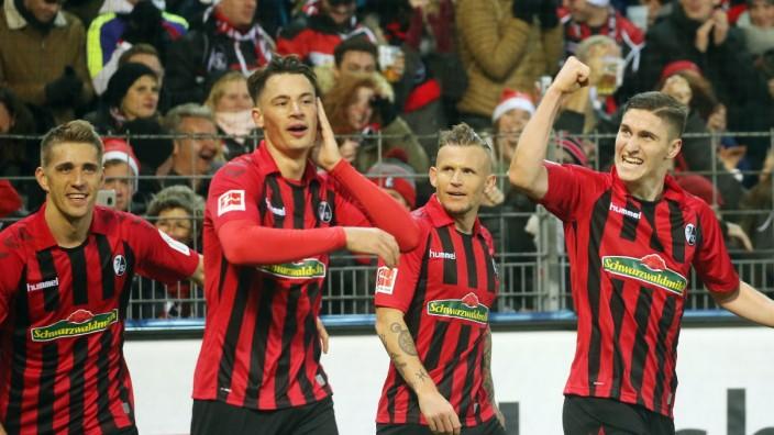 SC Freiburg - VfL Wolfsburg Deutschland, Freiburg, 07.12.2019, Fussball, Bundesliga, Saison 2019/2020, 14. Spieltag, SC