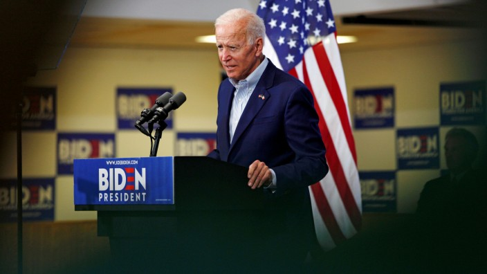 FILE PHOTO: Democratic 2020 U.S. presidential candidate and former Vice President Joe Biden speeks at an event at the Mississippi Valley Fairgrounds in Davenport