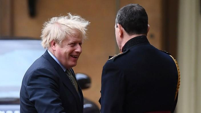 Johnson Queen Premierminister