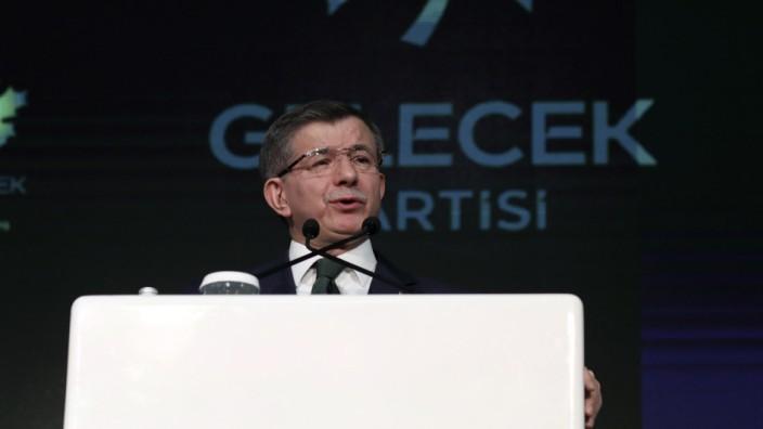 Erdogans Ex-Premier Davutoglu stellt neue Partei vor