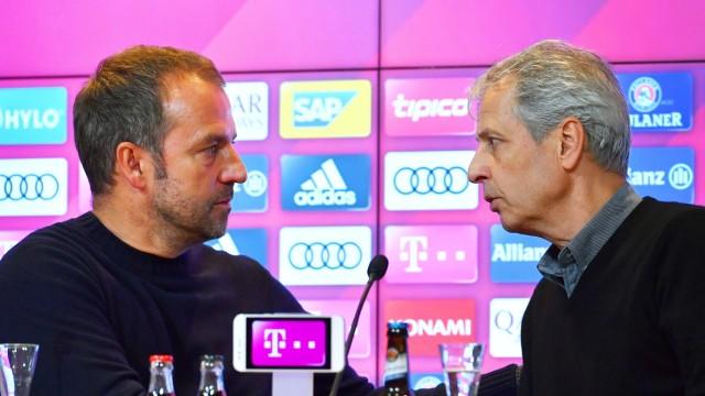 Sport Bilder des Tages Lucien FAVRE (Trainer Borussia Dortmund), gratuliert Hans Dieter Flick (Hansi ,Trainer Bayern Mue; Flick Favre