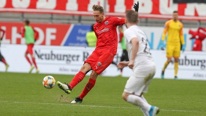 3. Liga - FC Ingolstadt 04 - FC Ingolstadt 04 - SV Meppen - Tobias Schröck ( 21,FCI) - Foto: Stefan Bösl 3. Liga - FC In; imago45317219h