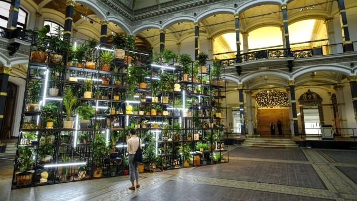 DEU Deutschland Berlin 26 08 2019 Installation von Rashid Johnson mit dem Titel Antoine s Organ