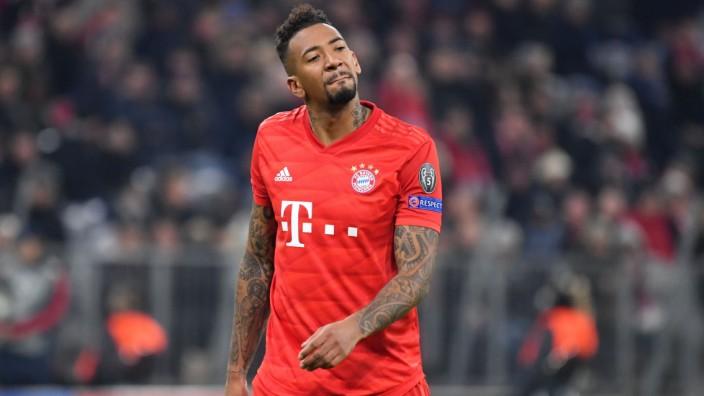 Jerome BOATENG (Bayern Muenchen), Aktion,Einzelbild,angeschnittenes Einzelmotiv,Halbfigur,halbe Figur. FC Bayern Muenche; Boateng