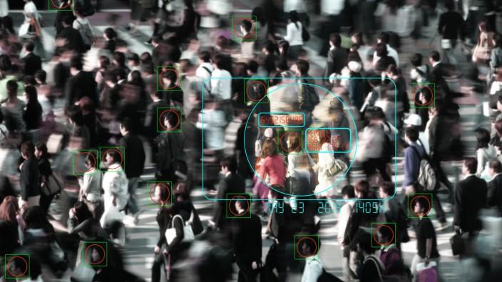 Fotomontage Symbolbild Gesichtserkennung Überwachung Kamerabild Gesichts Tracking *** Photomo