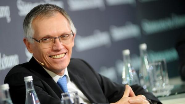 """Carlos Tavares beim """"Süddeutsche Zeitung Wirtschaftsgipfel"""" in Berlin, 2017"""
