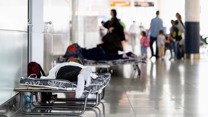 Sperrungen nach Polizeieinsatz am Flughafen in München