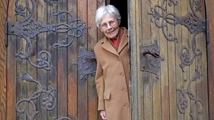 Wolfratshausen: Jeden Morgen um halb acht schließt Maria Feldigl die Tür der Michaelskirche auf. Dann wird in aller Ruhe geübt.