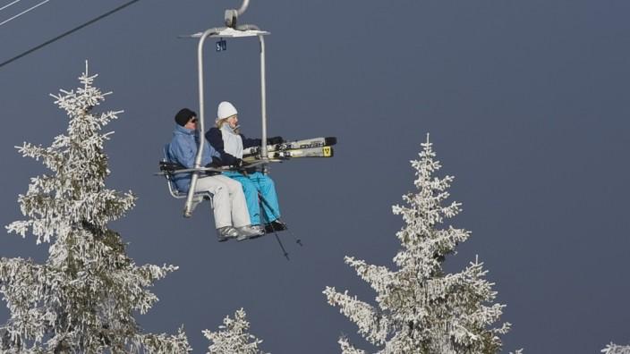 Der Sessellift aufs Hörnle gehört nicht unbedingt zu den High-Tech-Einrichtungen Bayerns.