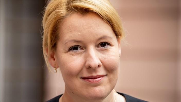 dpa-Story: Bundesfamilienministerin Franziska Giffey
