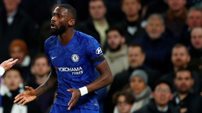 Premier League - Tottenham Hotspur v Chelsea