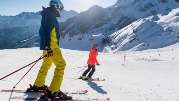 Neue Lifte und Gondeln: Die Alpen-Skigebiete rüsten weiter auf
