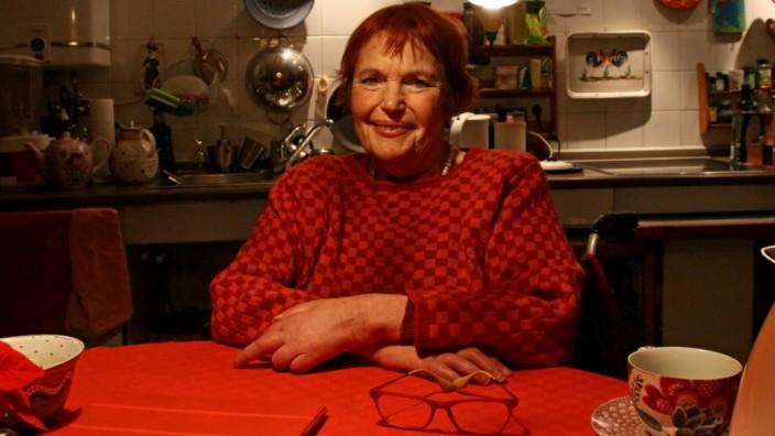 Dinah Radtke ist auf den Rollstuhl angewiesen, und dennoch: Wenn es gilt, um die Rechte von Menschen mit Behinderung zu kämpfen, ist sie vorne mit dabei.